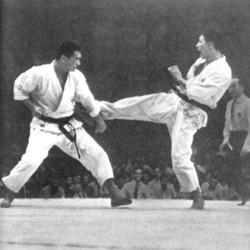 7th_jka_all_japan_karate_championships_1963_enoeda_keinosuke_shirai_hiroshi